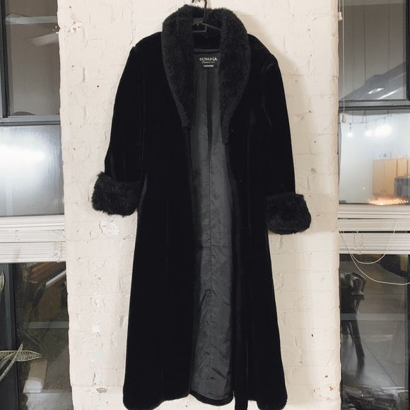 Olympia Other - Vintage Faux Fur Coat